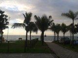 FRENTE NA RUA ANTENOR BORGES EM CANASVIEIRAS! Beira da praia, areia, bares, quiosques, restaurantes